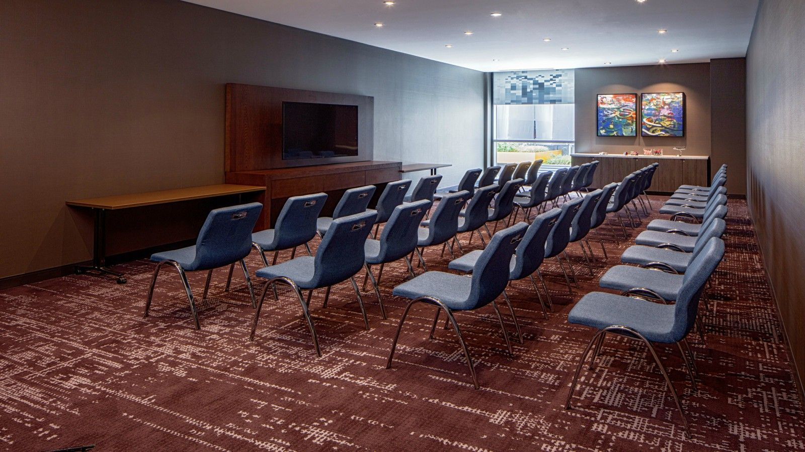 Philadelphia Meeting Space - Exchange Meetings Classroom